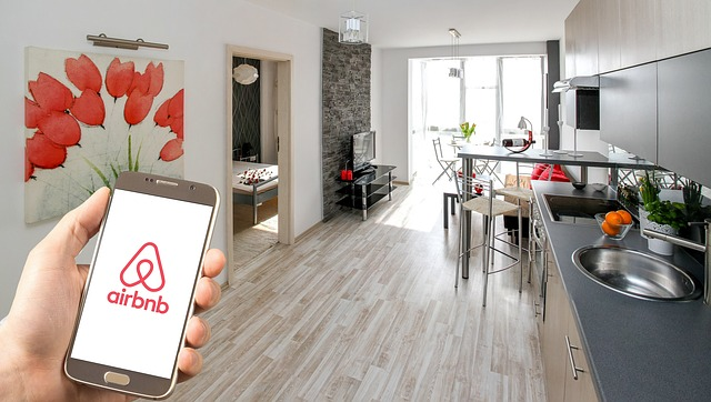 airbnb-3399753_640